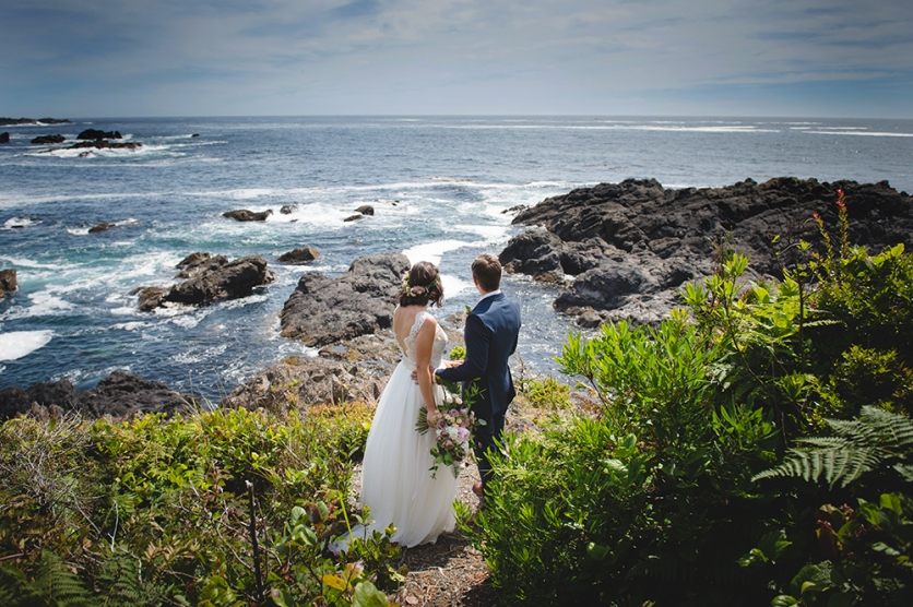 ucluelet-wedding-black-rock